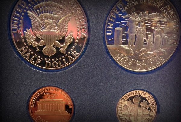 Coins, Currency and Collectibles